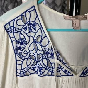 Blue and white embroidery dress